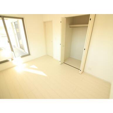 各お部屋に収納たっぷりで、お部屋をすっきり広く使えます。