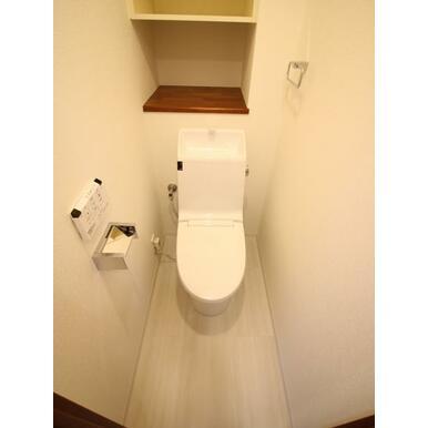 【同社施工事例】汚れがツルンと落ちるシャワートイレで快適な生活をスタート!