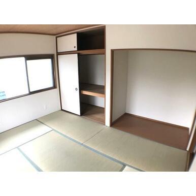 和室 畳表替えに、襖や障子張替え済です。