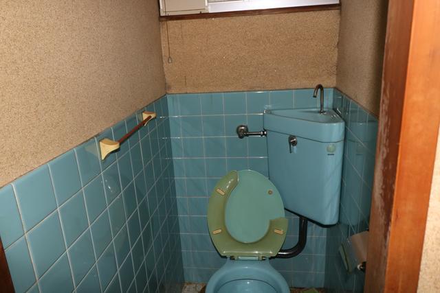 洋式トイレになります。